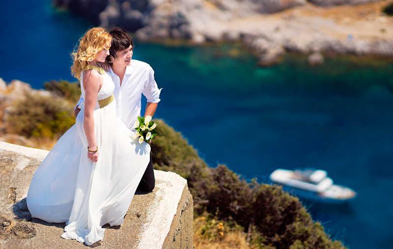 Где провести медовый месяц в Греции?