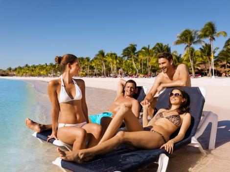 Найдите свою вторую половинку на неделе холостяков в отеле Barcelo Bavaro Beach 5*