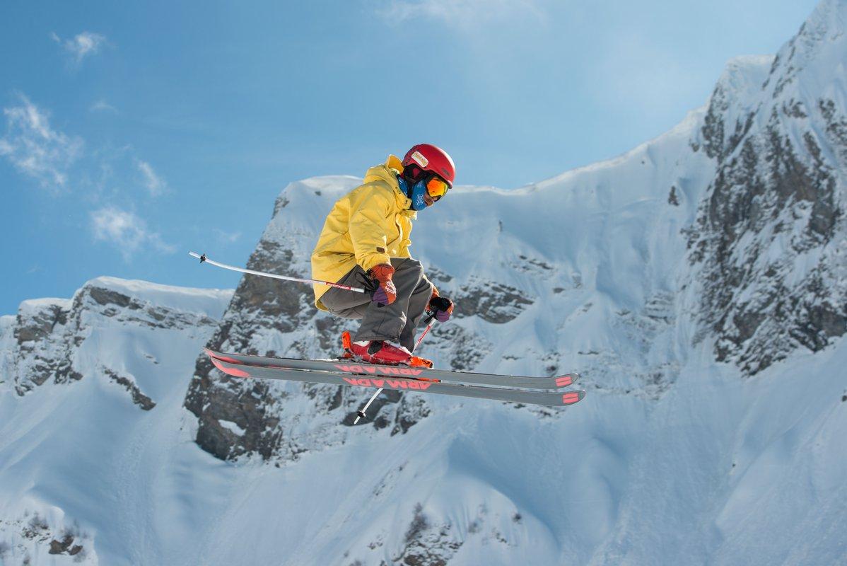 Горные лыжи над облаками!